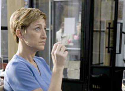 Watch Nurse Jackie Season 1 Episode 8 Online