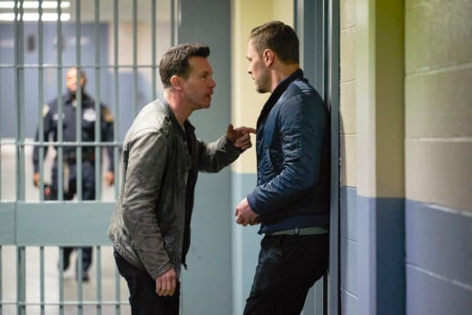 Fall Back - Chicago PD Season 5 Episode 22