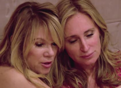 Watch The Real Housewives of New York City Season 8 Episode 18 Online