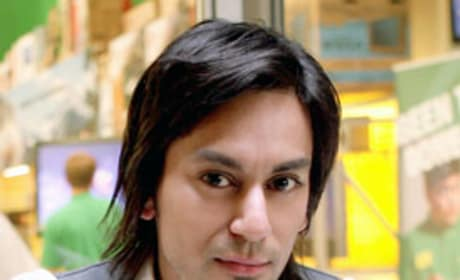 Vik Sahay as Lester