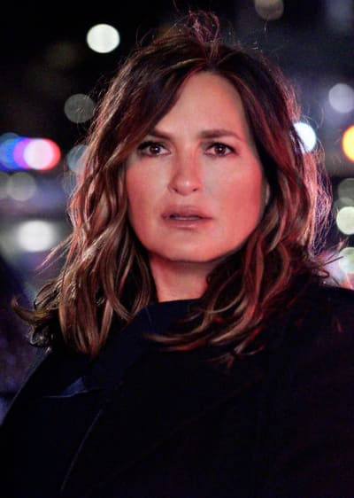 Voice From The Past/Tall - Law & Order: SVU Season 22 Episode 9