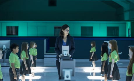 Morrow Finds the Seraphs - Humans Season 2 Episode 6