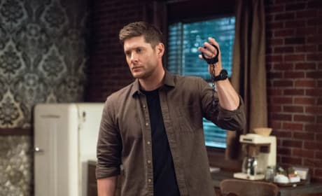 Dean Handcuffs - Supernatural Season 13 Episode 20