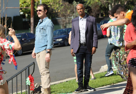 Time to Party - Lethal Weapon Season 1 Episode 16