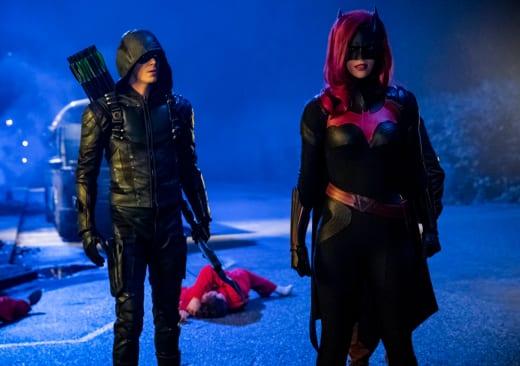 Arrow and Batwoman Season 7 Episode 9