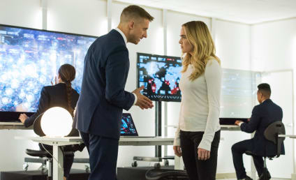 Legends Of Tomorrow Premiere Photos: The Team Goes To Aruba!!