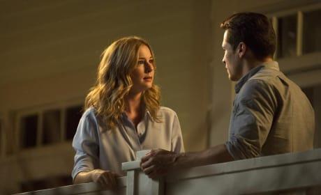 Emily Looks Desperate - Revenge Season 4 Episode 5