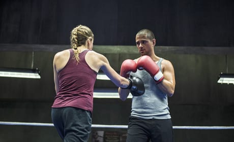 Going a Round - Arrow Season 3 Episode 6