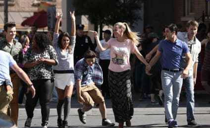 Glee Review: Wrap It Up