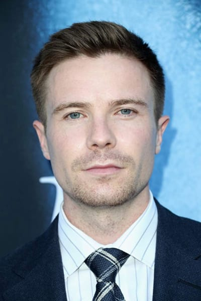 Joe Dempsie Attends Game of Thrones Premiere