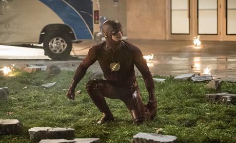 Destruction - The Flash Season 3 Episode 8