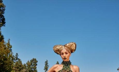 Sandra (First Photo Shoot) - America's Next Top Model Season 24 Episode 1