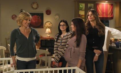 Watch Modern Family Online: Season 10 Episode 17