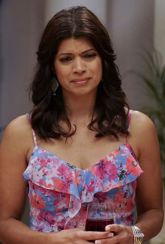 A Mother's Daughter - Jane the Virgin Season 5 Episode 19
