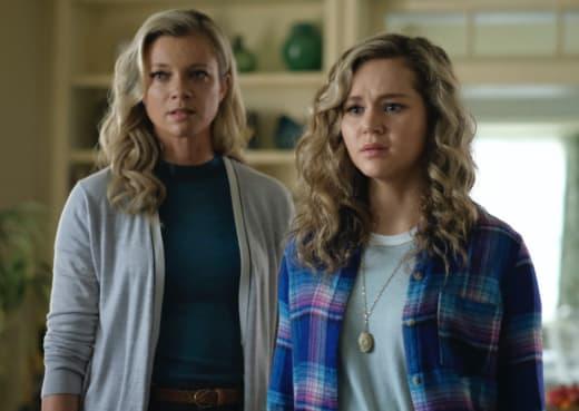 Courtney and Barbara house - Stargirl Season 1 Episode 11