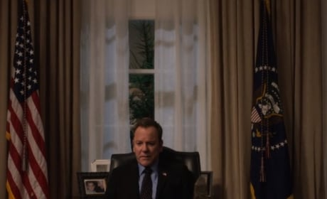 Kirkman at his Desk  - Designated Survivor Season 3 Episode 7