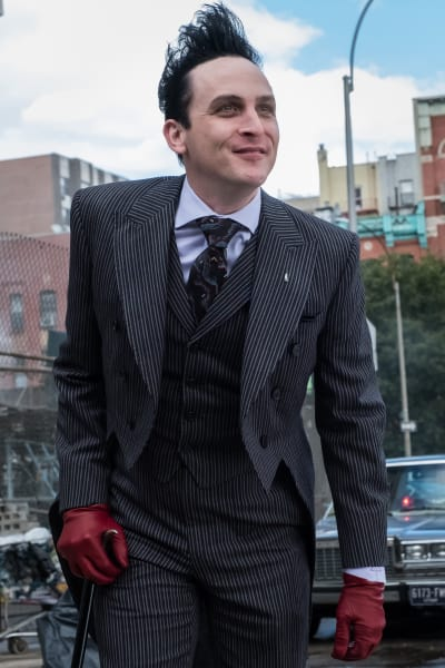 Penguin Rules the Day - Gotham Season 4 Episode 7