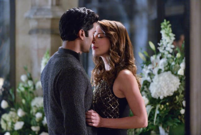 beauty and the beast season 2 episode 13 watch online