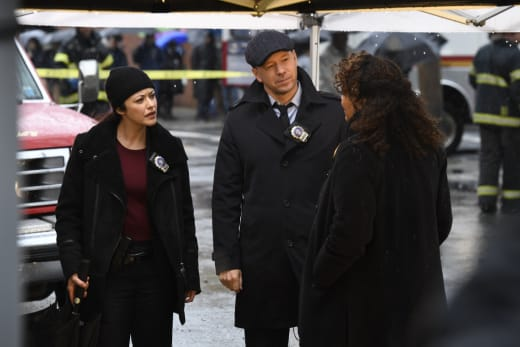 Danny and Baez and the Feds - Blue Bloods Season 7 Episode 22