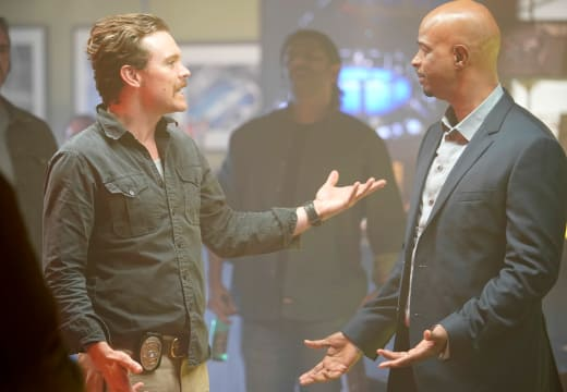 The Chemistry is Gone - Lethal Weapon Season 2 Episode 13