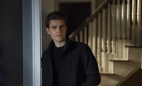 Stefan Looking for Answers - The Vampire Diaries