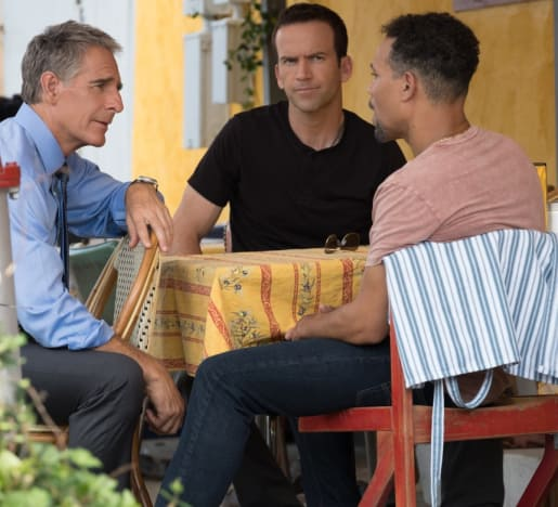Strategy Session - NCIS: New Orleans Season 5 Episode 8