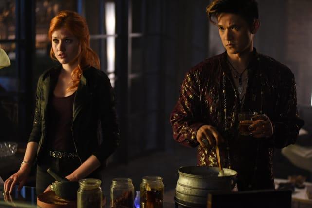 I need a drink - Shadowhunters Season 1 Episode 6