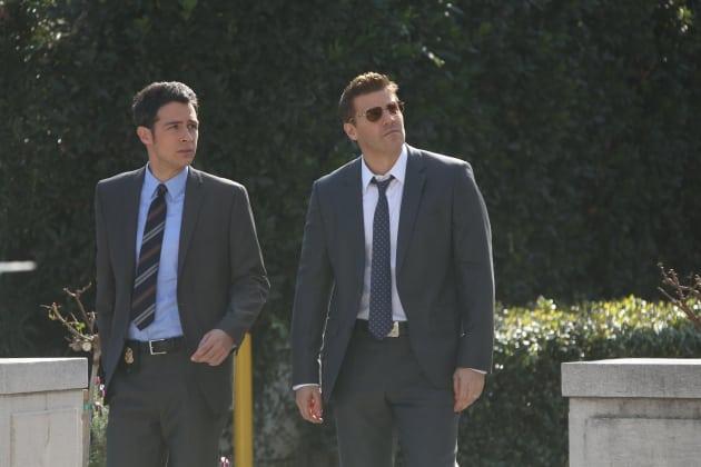Booth and Aubrey Investigate - Bones Season 10 Episode 17