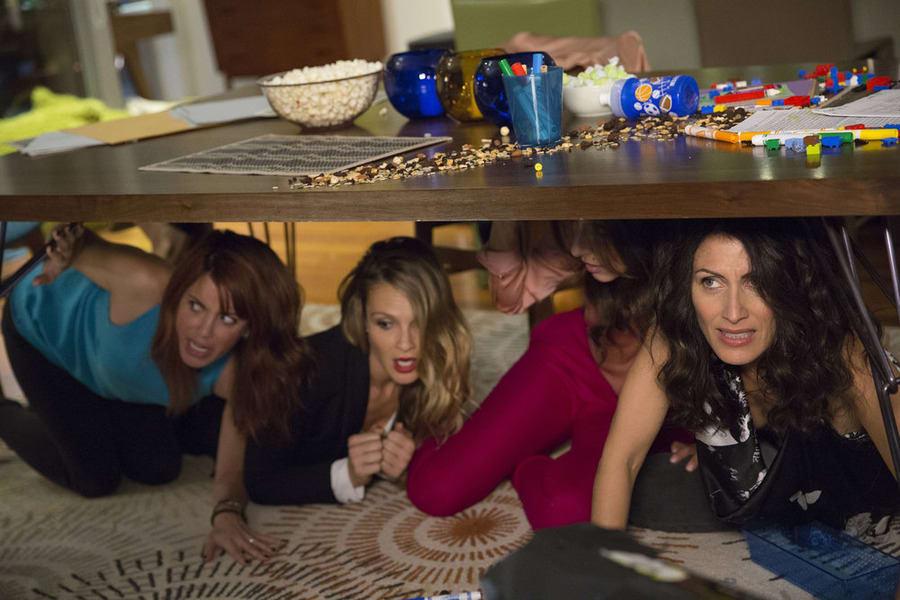 Girlfriends Guide To Divorce Season 1 Episode 10 Review Rule 3