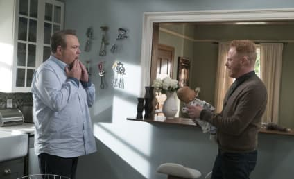 Watch Modern Family Online: Season 9 Episode 9