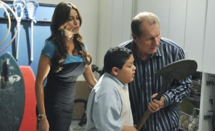 Modern Family Review: We've Been Shawshanked!