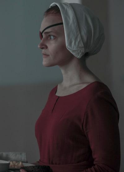 Janine helps - The Handmaid's Tale Season 4 Episode 9