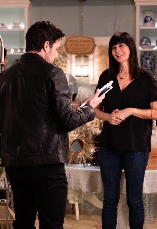 Donovan Does Some Shopping - Good Witch Season 5 Episode 9 - TV Fanatic