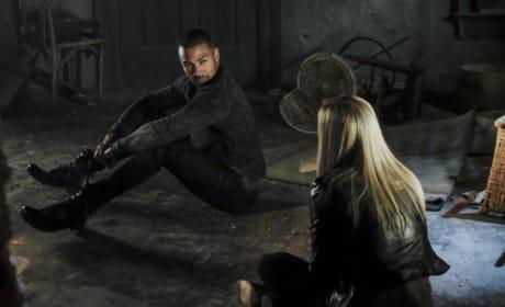 Trapped - The Originals Season 4 Episode 11