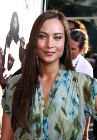 Courtney Ford Photo