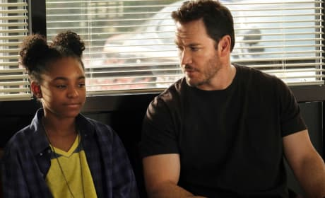 The Passage Trailer: Mark-Paul Gosselaar Returns to TV!