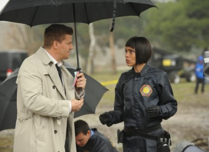 Watch Bones Season 7 Episode 9 Online