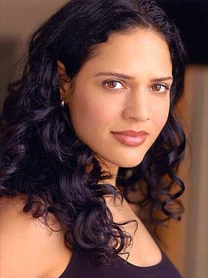 Monique Curnen Pic