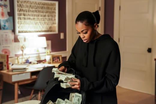 Making Money - Black Lightning Season 2 Episode 1