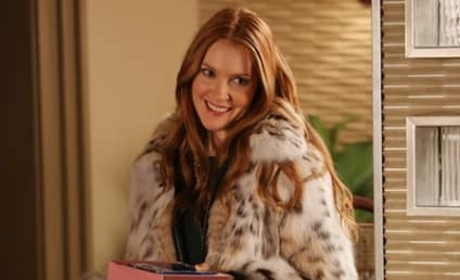 """Darby Stanchfield Teases """"Naughty"""" Return of Meredith to Castle"""