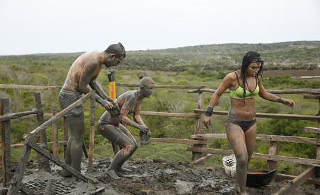 The Totumo Mud Volcano - The Amazing Race