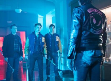 Watch Riverdale Season 2 Episode 21 Online