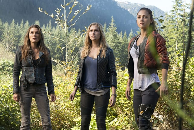 The 100 Ladies - The 100