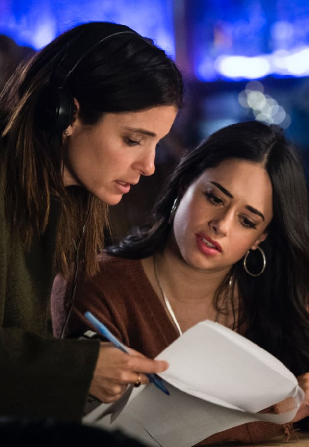 Shiri Appleby Directs Liz 2.0 - Roswell, New Mexico Season 1 Episode 9