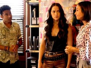 Wynonna, Waverly, and Jeremy - Wynonna Earp Season 4 Episode 9