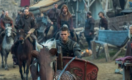 Ivar Leads the Charge - Vikings Season 5 Episode 11