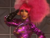 Show Up Queen - RuPaul's Drag Race All Stars