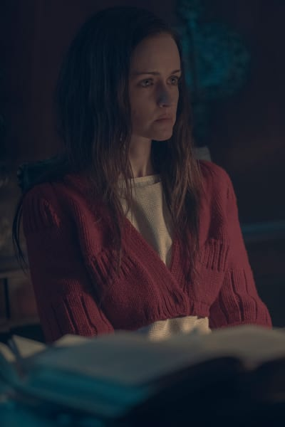 A New Posting - The Handmaid's Tale Season 2 Episode 12