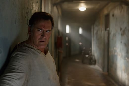 Escape plan - Ash vs Evil Dead Season 2 Episode 7