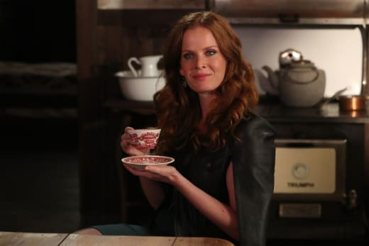 Smiles and Sips - Once Upon a Time Season 6 Episode 5